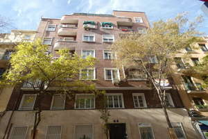 Flat for sale in Ríos Rosas, Chamberí, Madrid.