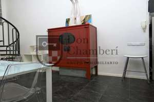Commercial premise for sale in Malasaña, Madrid.