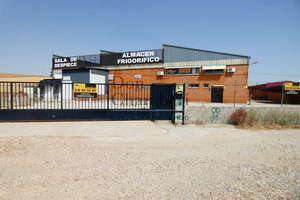 Warehouse for sale in Griñón, Madrid.