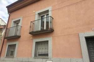Flat for sale in Robledo de Chavela, Madrid.