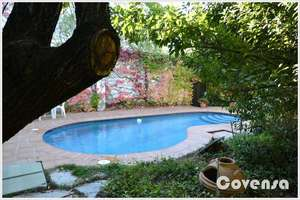 Chalet for sale in Colmenar del Arroyo, Madrid.