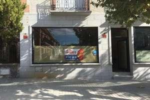 Oficina en Navas del Rey, Madrid.
