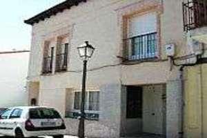 Flat for sale in Valdeiglesias Pueblo, San Martín de Valdeiglesias, Madrid.
