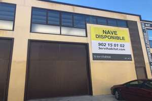 Warehouse for sale in Chapinería, Madrid.