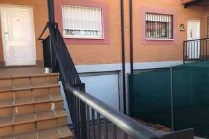 Cluster house for sale in Villamantilla, Madrid.