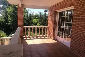 Chalet for sale in Villa del Prado Pueblo, Madrid.