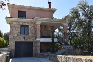 木屋 豪华 出售 进入 Casco Urbano, Chapinería, Madrid.