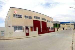 Nave industrial venta en Chapinería, Madrid.