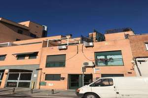 Chalet for sale in Vallecas, Madrid.