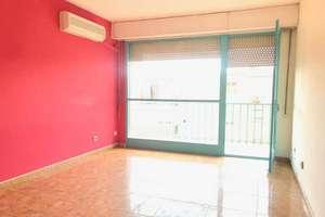 Flat for sale in Casco Viejo, Parla, Madrid.