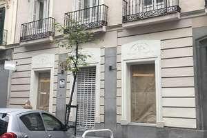 Commercial premise in Recoletos, Salamanca, Madrid.