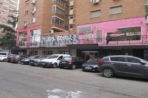 Commercial premise for sale in Chopera, Arganzuela, Madrid.